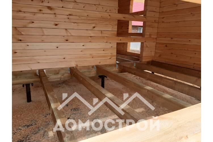 Пристрой к дому и терраса на даче в Тюмени.