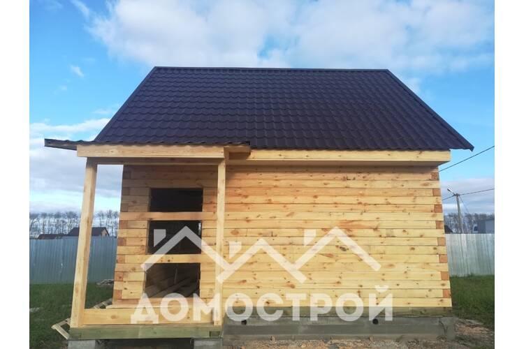 Дом из бруса 150х150,размер 6х6 с крыльцом.