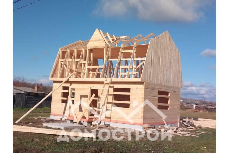 Закончили строительство дома 6х6 из строганного бруса, фронтоны из бруса.Ленточный фундамент